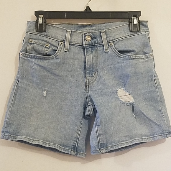 Levi's Pants - LEVI'S MID RISE LIGHTLY DISTRESSED SHORTS